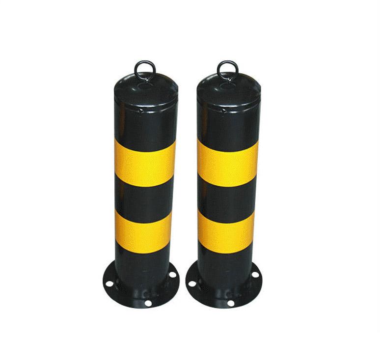 镀锌钢管防撞柱 黄黑路障停车柱反光漆隔离柱
