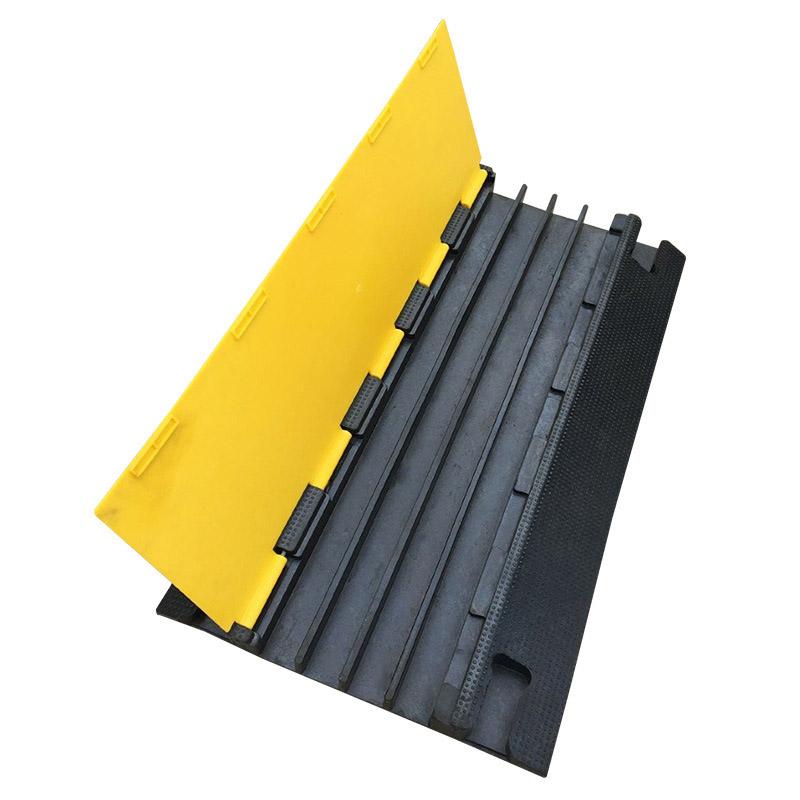 线槽减速带电缆保护槽过线板
